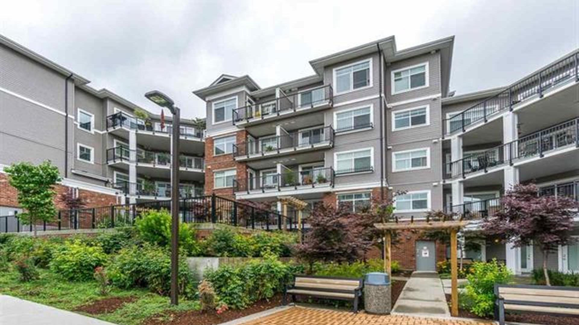 412 - 6480 195a Street, Clayton, Cloverdale